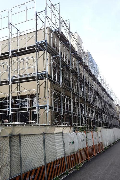 市役所庁舎 解体工事が始まる